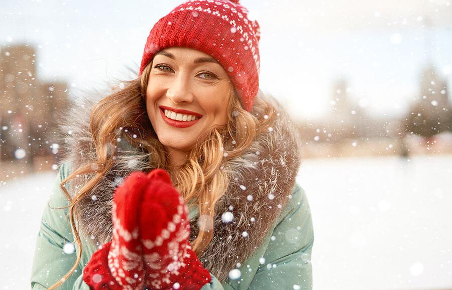 Vos cheveux en hiver : trucs et astuces pour les protéger